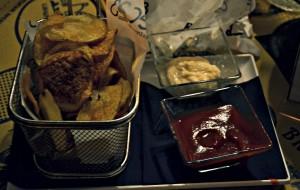 Chips di patate con Salse