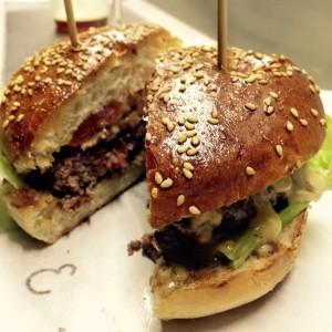 Queens bacon cheeseburger